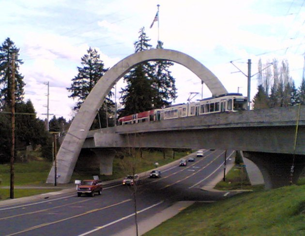 Hillsboro_MAX_bridge